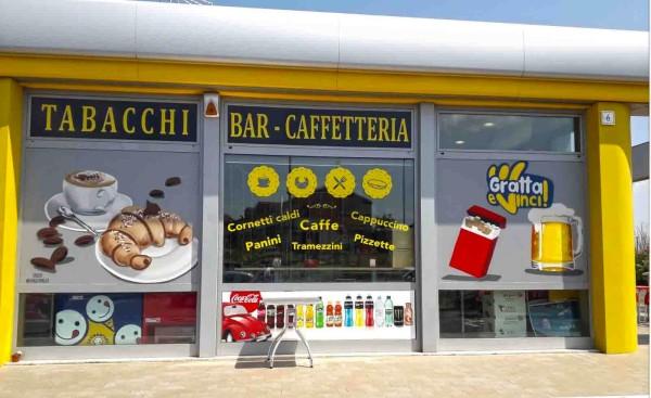 decorazione-vetrate-negozio-con-spray-acrilici